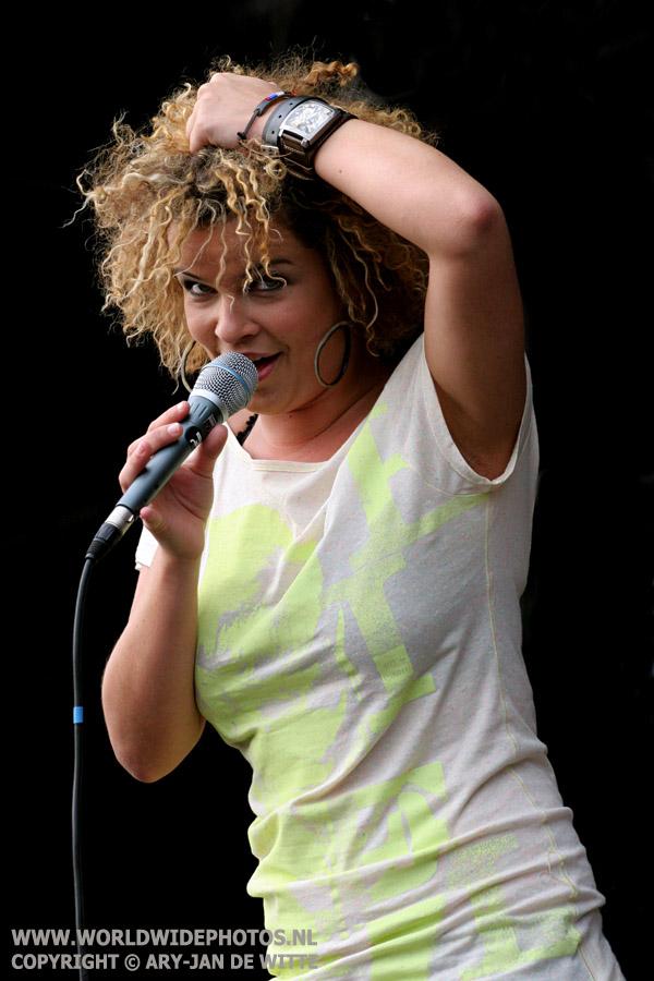 Annemarie Brohm - Leaf, Artquake 2008